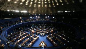 Governo quer cancelar recesso legislativo para votar programa social