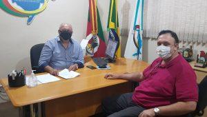 Presidente da UVB vista sede da UVERGS em Porto Alegre-RS