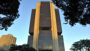 Autonomia do Banco Central é o primeiro desafio de Lira em plenário