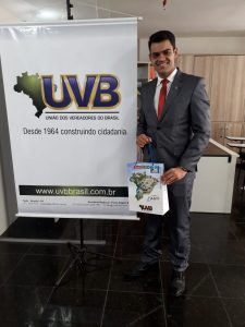 Vereador  Jonathas Soares do Município de Ibicarai-BA visita sede da UVB em Brasília.