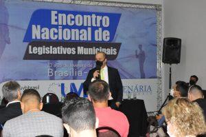 Danilo Falcão consultor político debate atribuições típicas e atípicas do poder  legislativo municipal