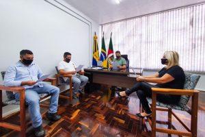 Mesa Diretora da Câmara debate a privatização da Corsan