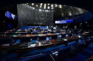 Senado vota nesta terça MP que facilita compra de vacinas contra coronavírus