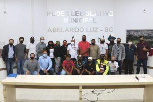 Em data histórica, lideranças indígenas participam da sessão Ordinária no Legislativo de Abelardo Luz