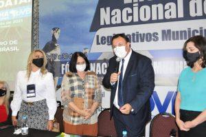 Ministra Damares Alves participa do Fórum Nacional da Mulher Parlamentar da UVB