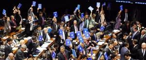 Câmara aprova projeto que permite terceirização da atividade-fim de empresa